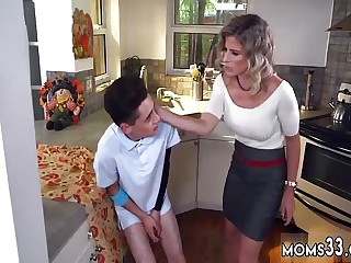 My mom voyeur and vintage milf xxx She carries him into