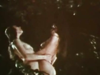 Vintage Erotica 1970s  Hairy & AllNatural Retro Lesbians