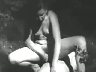 1920s Lesbos Play with Banana!