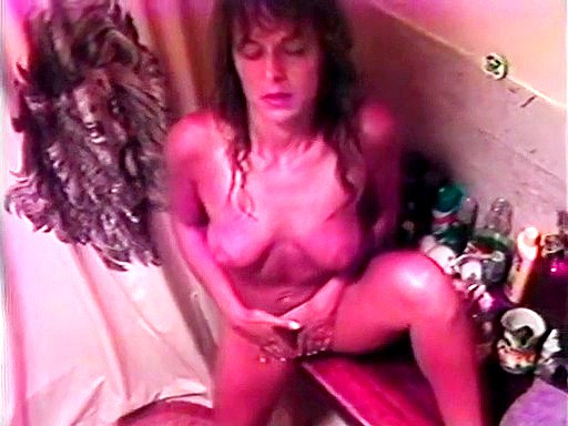 Nude fem bathroom masturbation