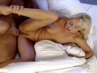 Vintage - Sexy MILF wake up with Fuck by Big Dick