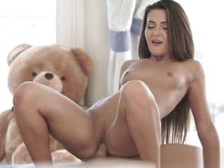 Doggystyle fucked babe shakes her ass