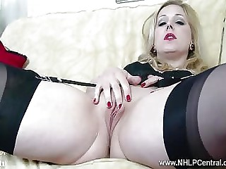 Hot blonde strip tease in vintage outfit rubbing her muff making herself cum quickly