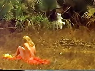 porn videos White girl on African beach vintage